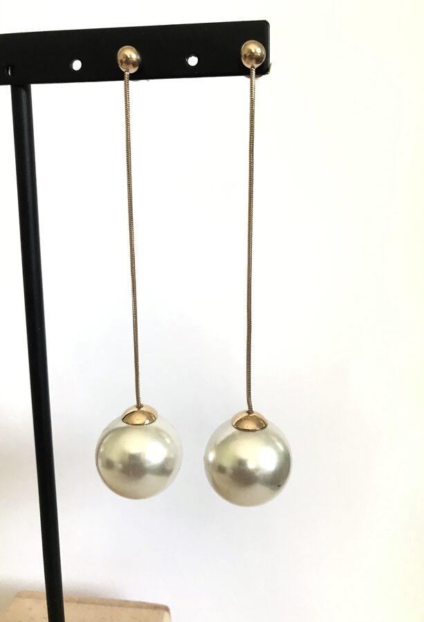 Auskari lielas pērles ķēdītē