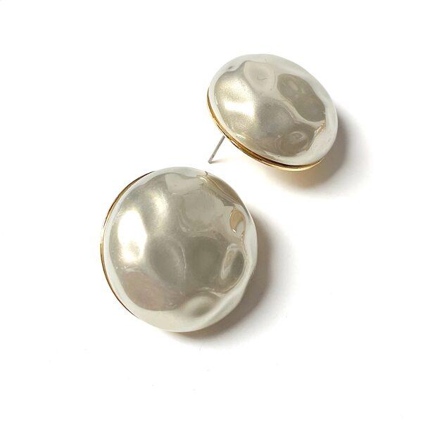 Auskari pērles pie auss