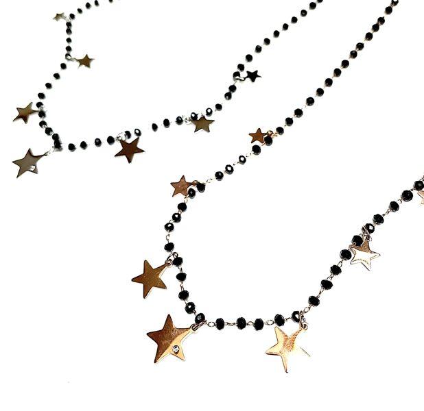Kaklarota melna ar zvaigznītēm